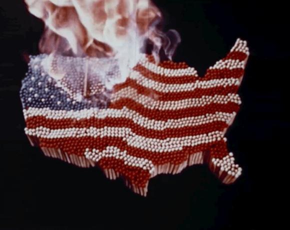 Screenshot aus der Dokumentation Fahrenheit 11/9 von Michael Moore.
